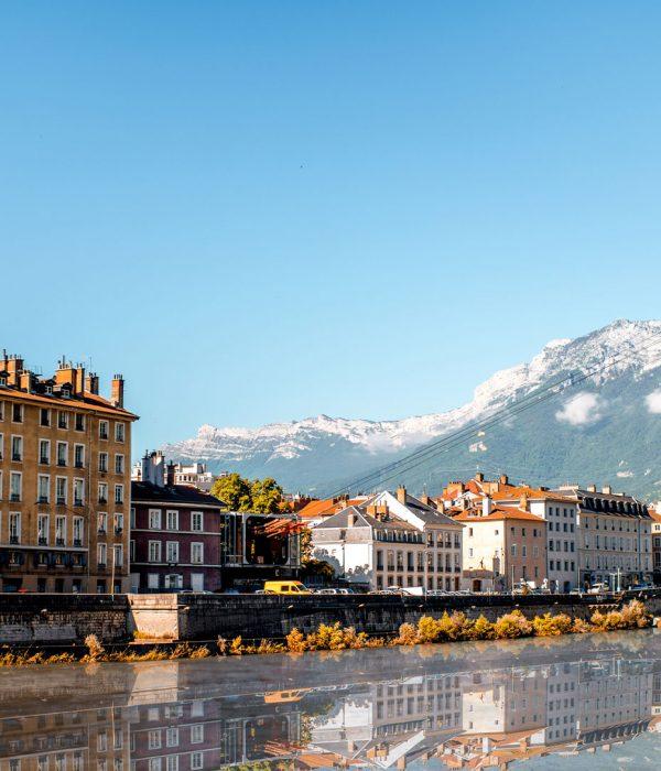 Voyage scolaire bus Grenoble
