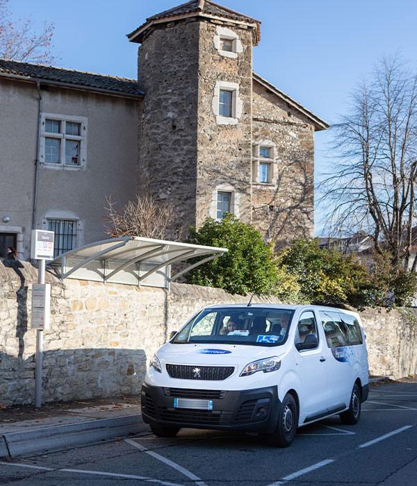 Louer Un Minibus Grenoble